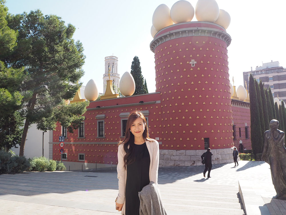 スペイン観光 世界一奇抜な美術館でダリを知る