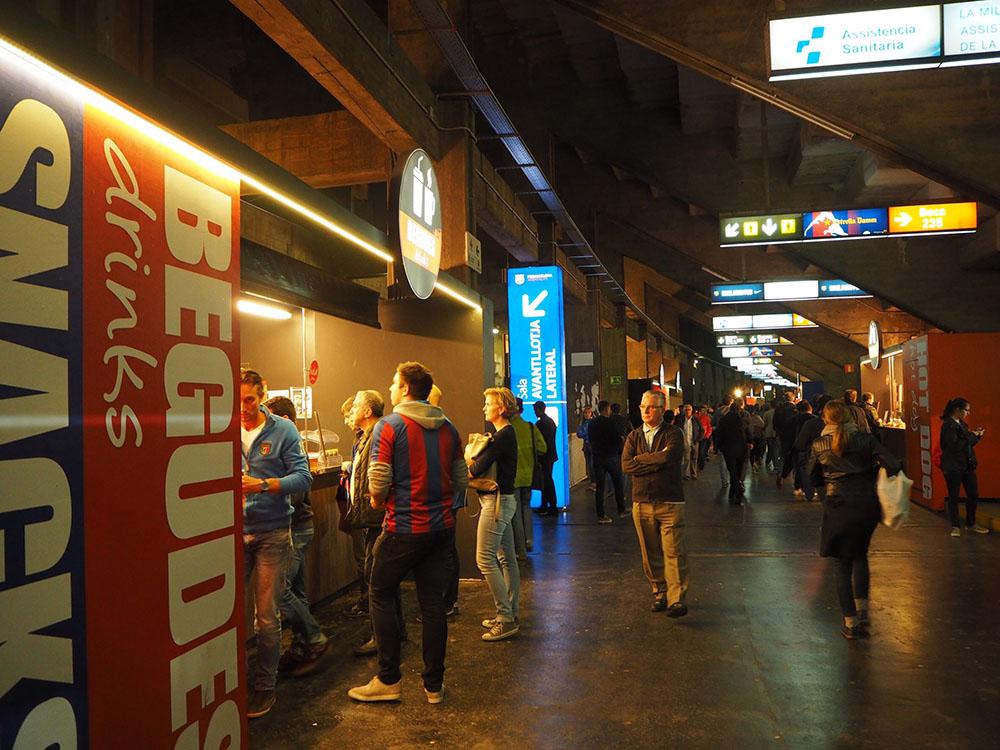 スペイン観光 サッカースタジアム FCBARCELONA