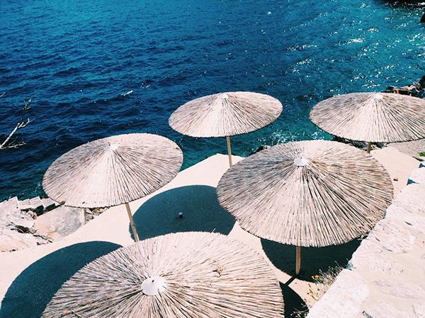 エーゲ海1日クルーズ【ポロス島/エギナ島】